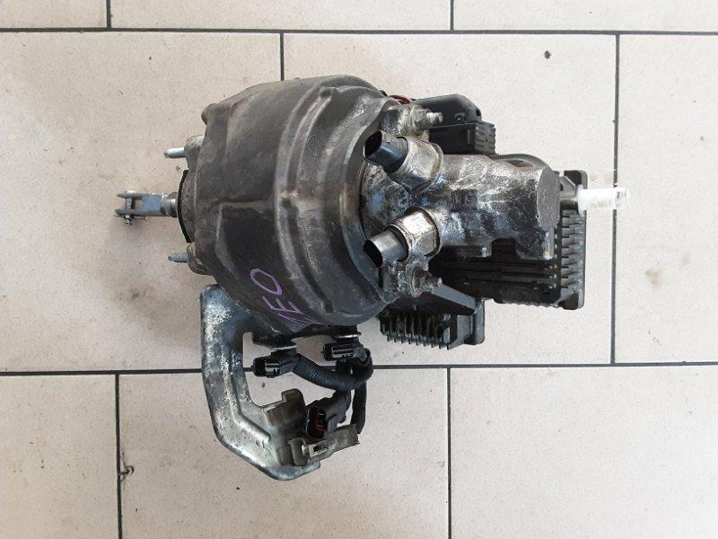 Главный тормозной цилиндр Nissan Leaf ZEO EM61 2011 передний