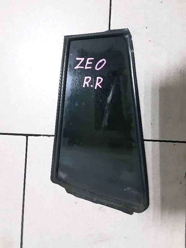 Стекло двери Toyota Funcargo NCP21 1NZFE 2000 заднее правое