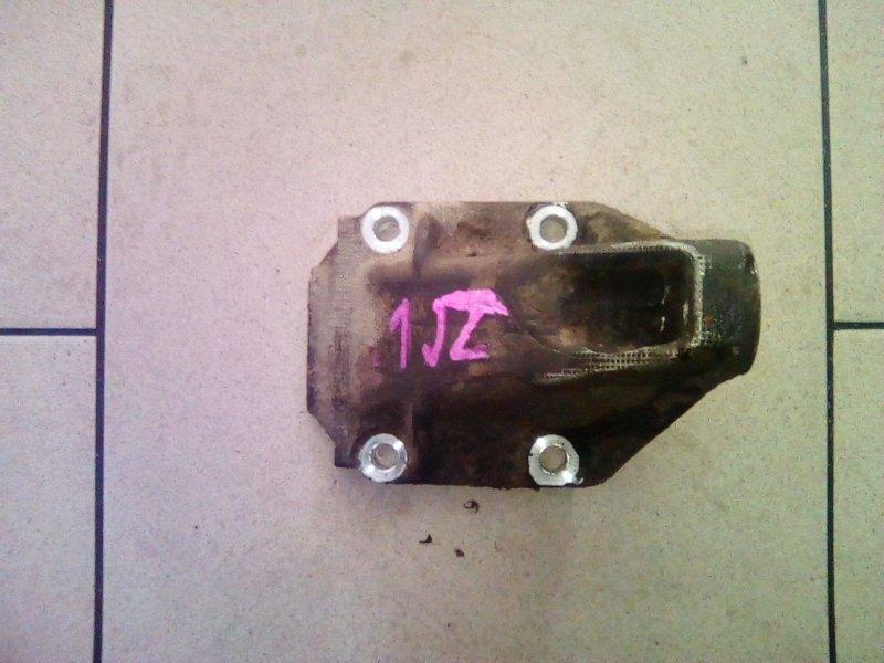 Крепление блока двигателя Toyota Mark Ii JZX90 1JZ 1992 правое