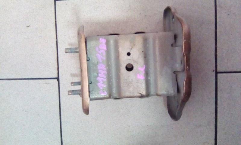 Жесткость бампера Nissan Tiida Latio C11 HR15DE 2005 передний левый