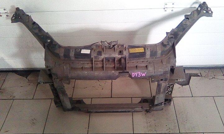 Рамка радиатора Mazda Demio DY3W ZY 2002 передняя