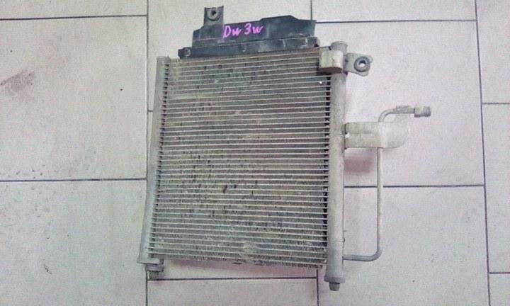 Радиатор кондиционера Mazda Demio DW3W B3 2000 передний