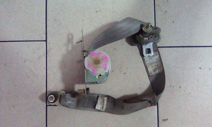 Ремень безопасности Mazda Demio DW3W B3 2000 задний левый