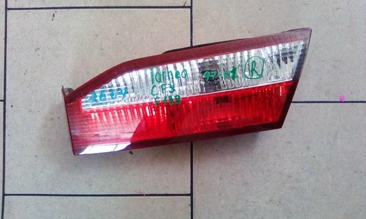 Стоп-сигнал Honda Torneo CF3 F18B 1997 задний правый