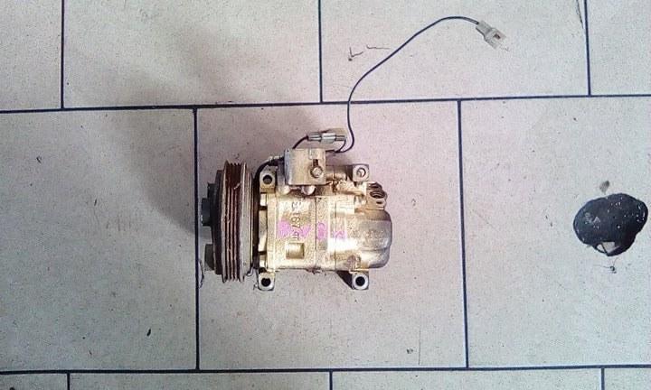 Компрессор кондиционера Mazda Demio DW3W B3 2000 передний