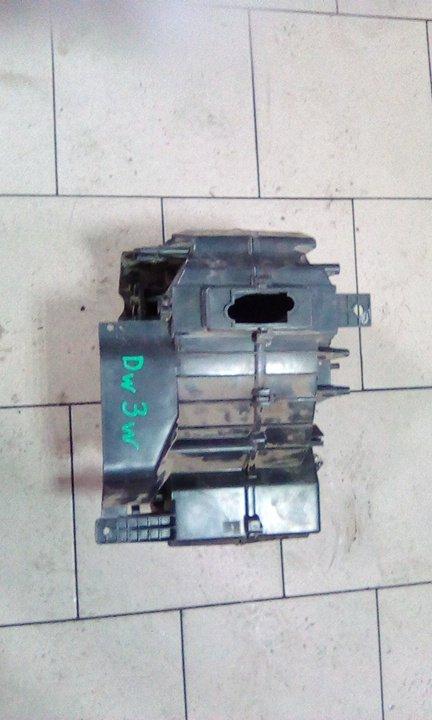 Корпус печки Mazda Demio DW3W B3 2000 передний