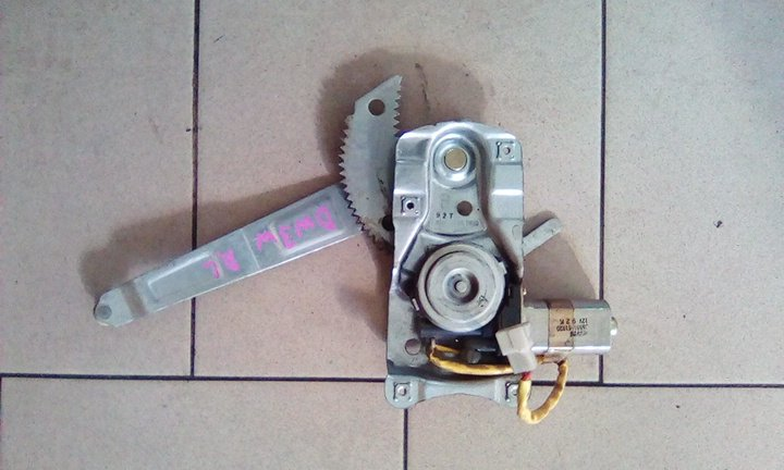 Стеклоподъемник Mazda Demio DW3W B3 2000 задний левый