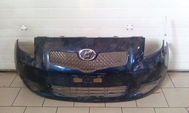 Бампер Toyota Vitz KSP90 1KRFE 2005 передний левый