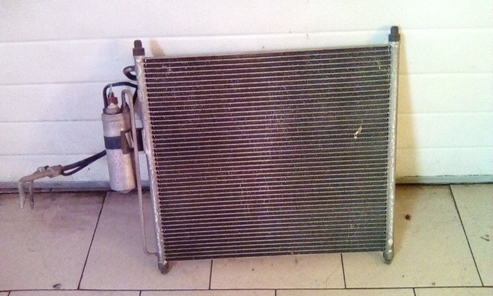 Радиатор кондиционера Mazda Bongo Friendee SGE3 FEE 2001 передний