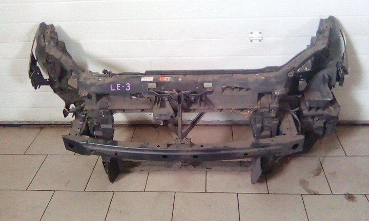 Рамка радиатора Mazda Premacy CREW L3 2005 передняя
