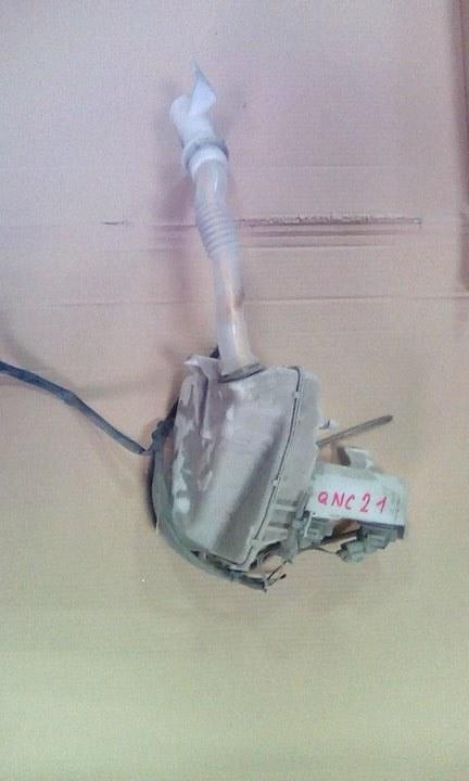 Бачок омывателя Toyota Bb QNC21 3SZVE 2005 передний