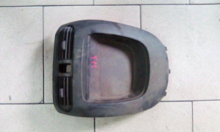 Центральная консоль Nissan Ad VY11 QG15DE передняя