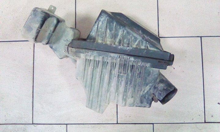 Корпус воздушного фильтра Nissan Ad VY11 QG15DE передний