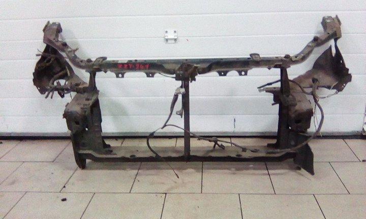 Рамка радиатора Toyota Caldina ZZT241 1ZZFE 2003 передняя