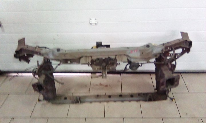 Рамка кузова Nissan Note E11 HR15DE 2005 передняя