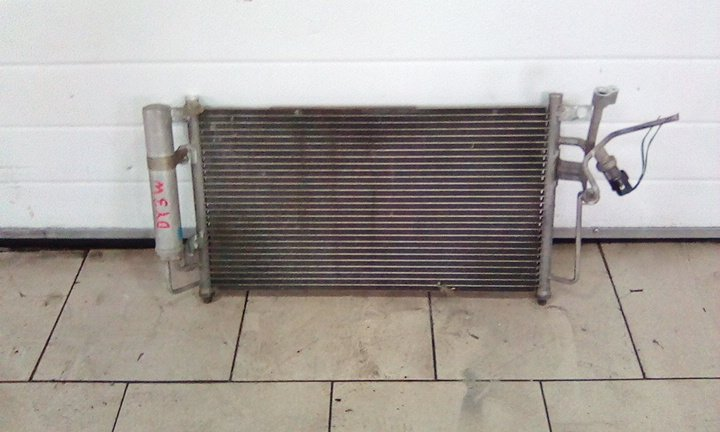 Радиатор кондиционера Mazda Demio DY3W ZY 2002 передний