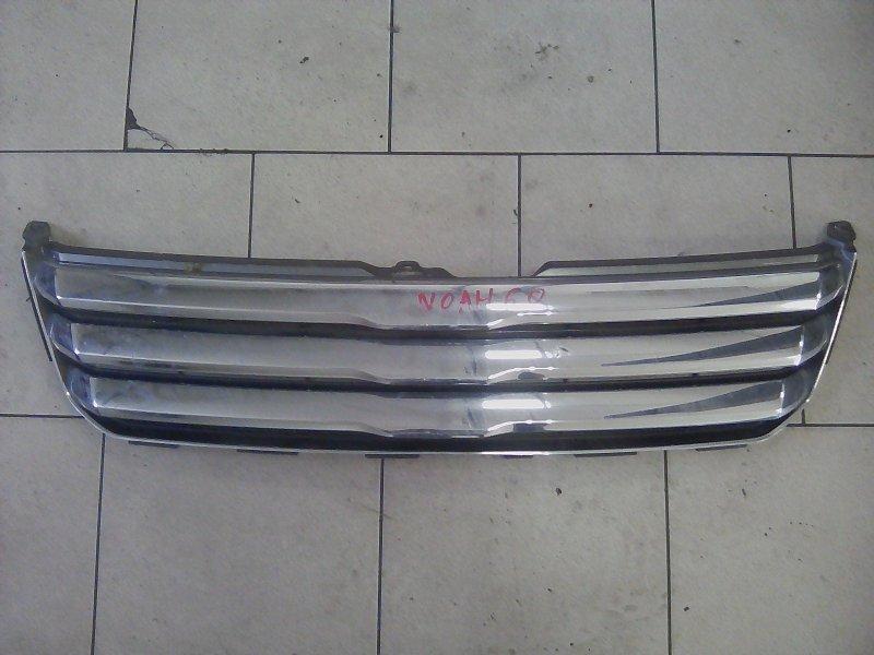 Решетка радиатора Toyota Noah AZR60 1AZ 2001 передняя