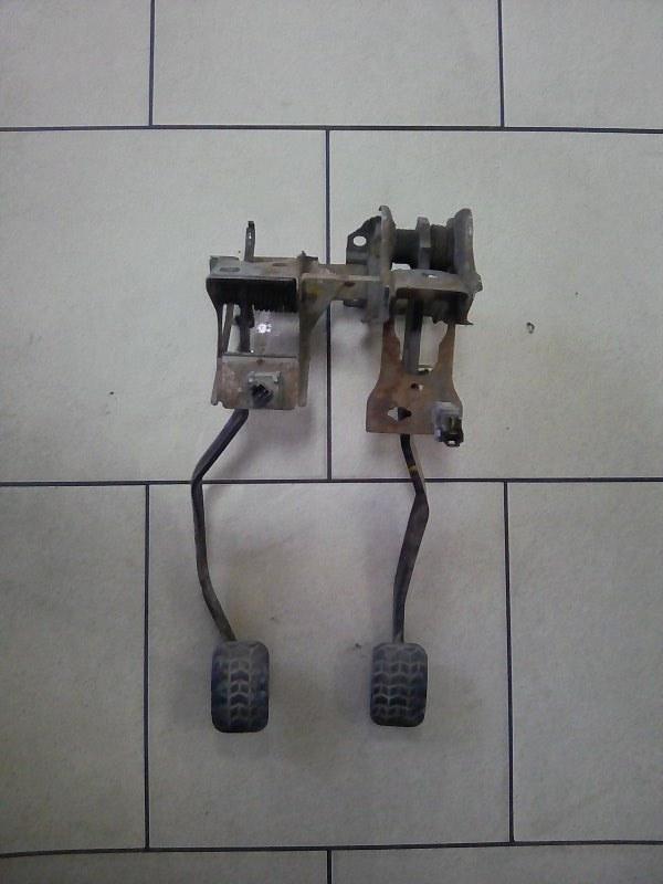 Педаль сцепления Mazda Demio DW3W B3 2000 передняя