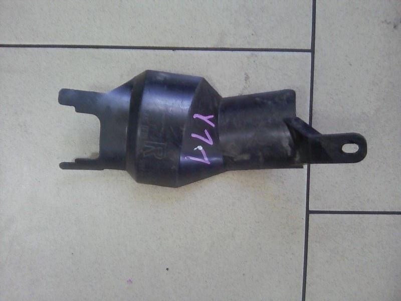 Пыльник рулевой колонки Nissan Ad VY11 QG15DE передний