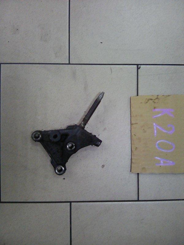 Крепление блока двигателя Honda Stream RN3 K20A 2002 переднее