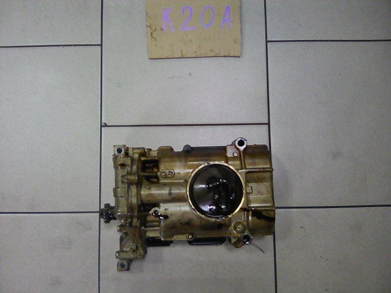 Масляный насос Honda Stream RN3 K20A 2002 передний
