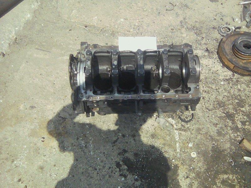Блок цилиндров Isuzu Elf NKR77 4KH1-TC 2010 передний