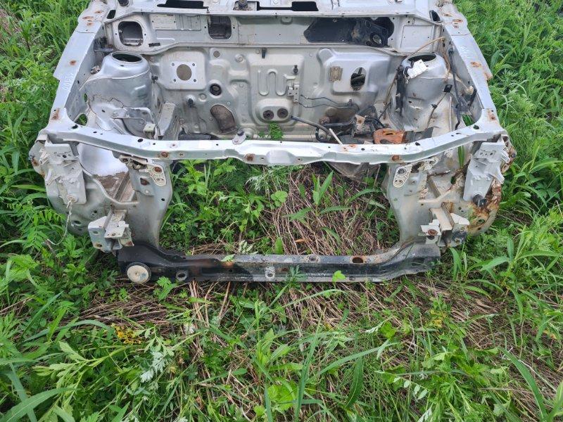 Рамка радиатора Mazda Demio DW3W B3 2000 передняя