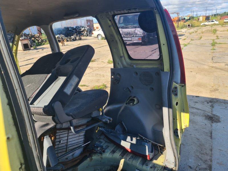 Обшивка багажника Toyota Funcargo NCP21 1NZFE 2000 задняя правая