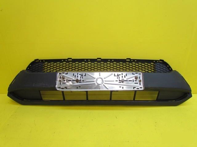 Решетка в бампер Honda Pilot 2 2011 передняя