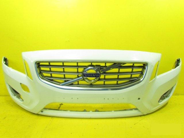 Бампер Volvo V60 2010 передний