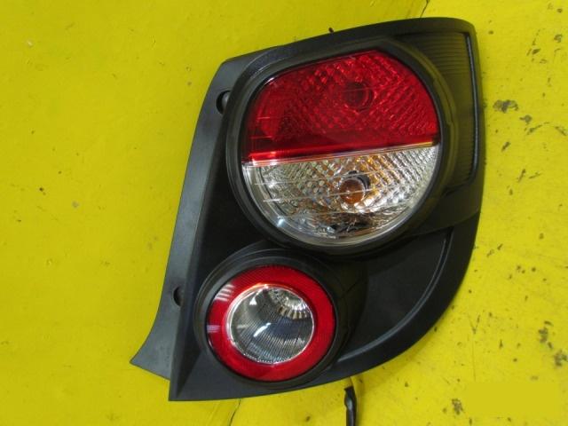 Фонарь Chevrolet Aveo T300 ХЭТЧБЕК 2011 задний правый