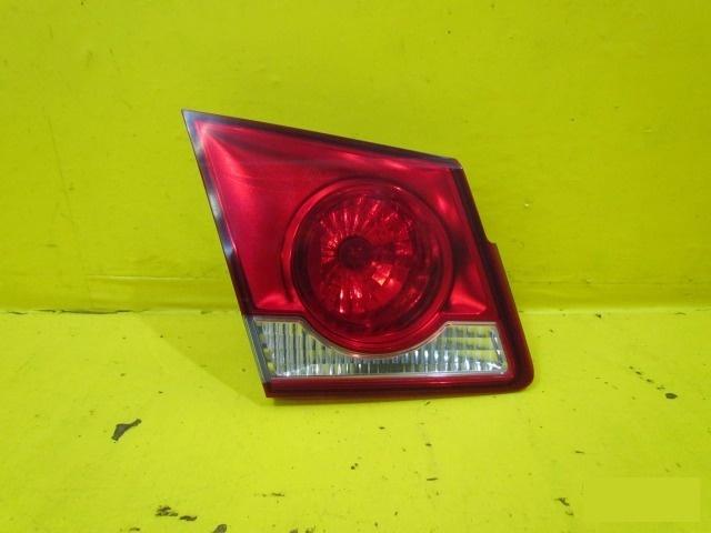 Фонарь внутренний Chevrolet Cruze СЕДАН 2012 задний левый