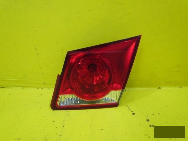 Фонарь внутренний Chevrolet Cruze СЕДАН 2012 правый