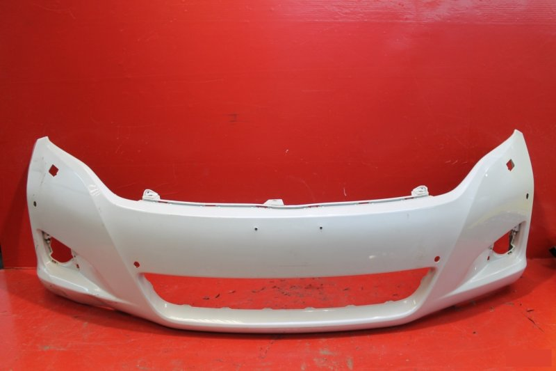 Бампер Toyota Venza 2012 передний