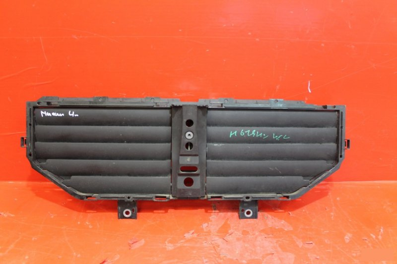 Воздуховод радиатора Porsche Macan 2013