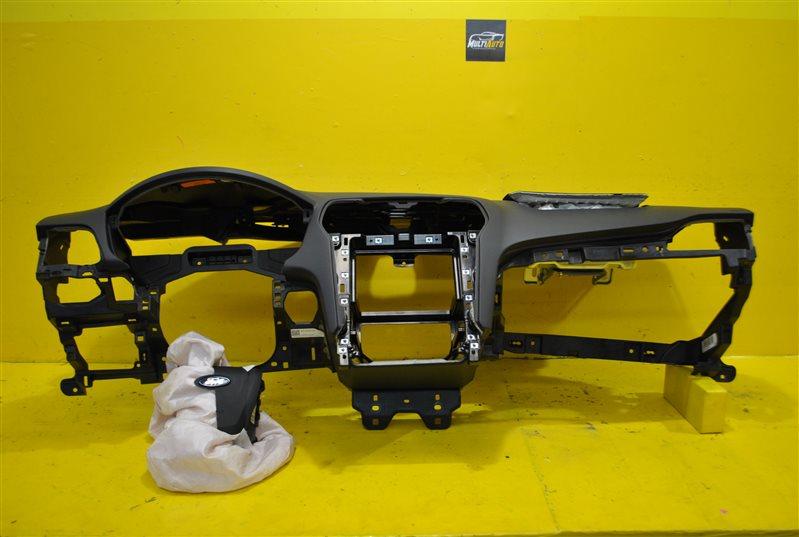 Торпедо Ford Mondeo 5 2014 переднее