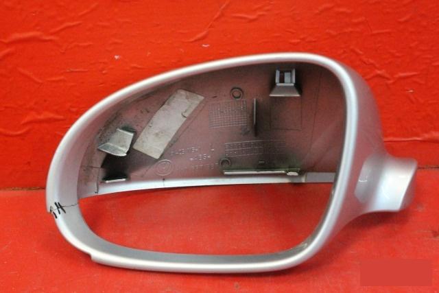 Корпус зеркала Volkswagen Golf 5 2003 левый