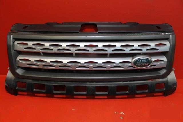 Решетка радиатора Land Rover Freelander 2 2012 передняя