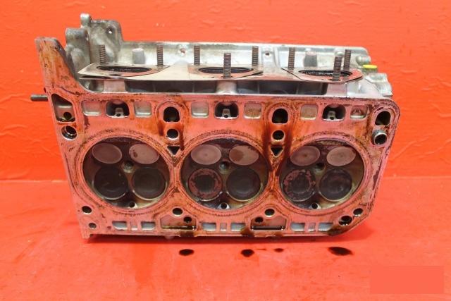 Головка блока цилиндров двигатель Porsche Panamera 970 2013 левая
