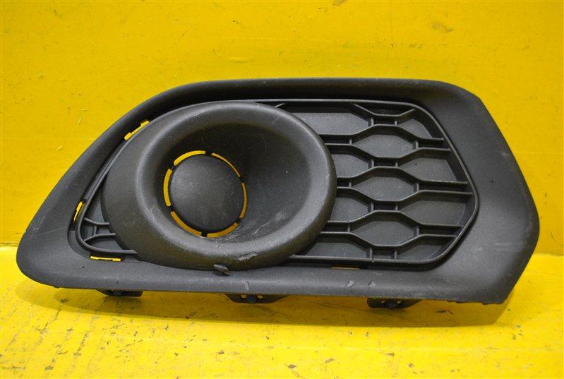Решетка в бампер Renault Sandero 2 2014 передняя правая