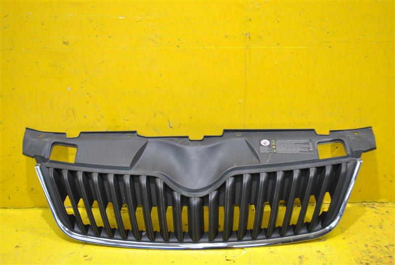 Решетка радиатора Skoda Fabia 2 2010 передняя