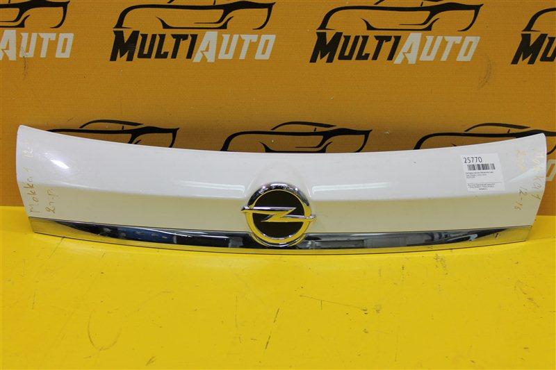 Накладка крышки багажника Opel Mokka 1 2012 задняя