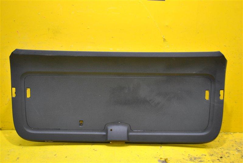 Обшивка багажника Skoda Kodiaq 2016 задняя