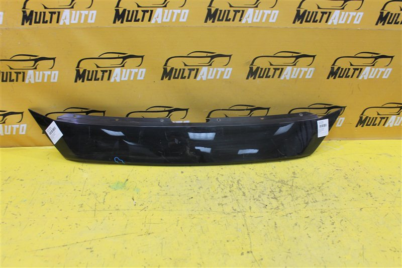 Накладка решетки радиатора Mazda 3 BM 2016