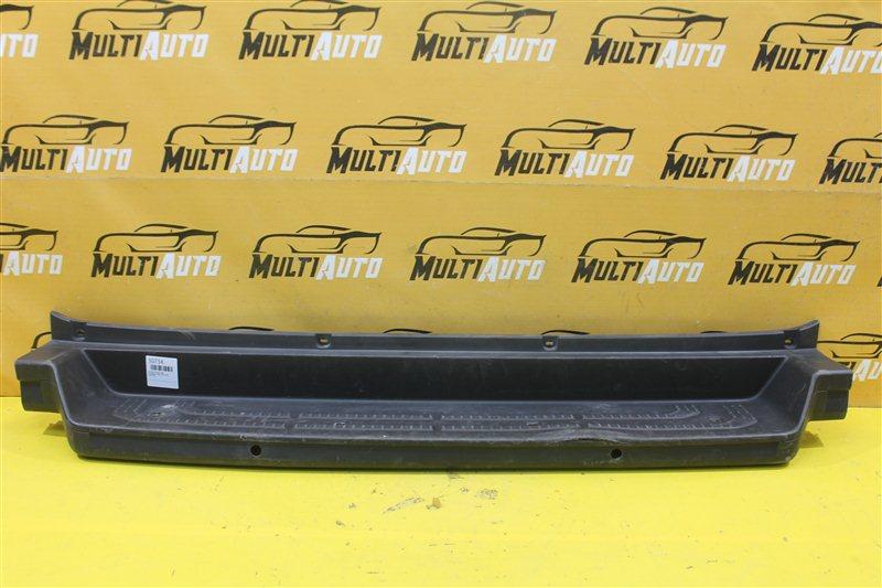 Накладка бампера Volkswagen Crafter 2016 задняя