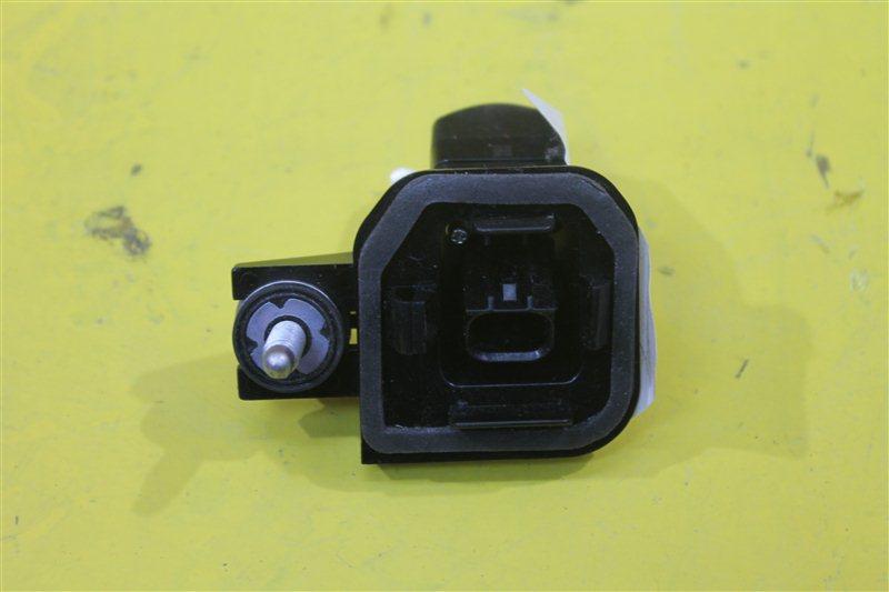 Фронтальная камера Toyota C-Hr 2016 передняя