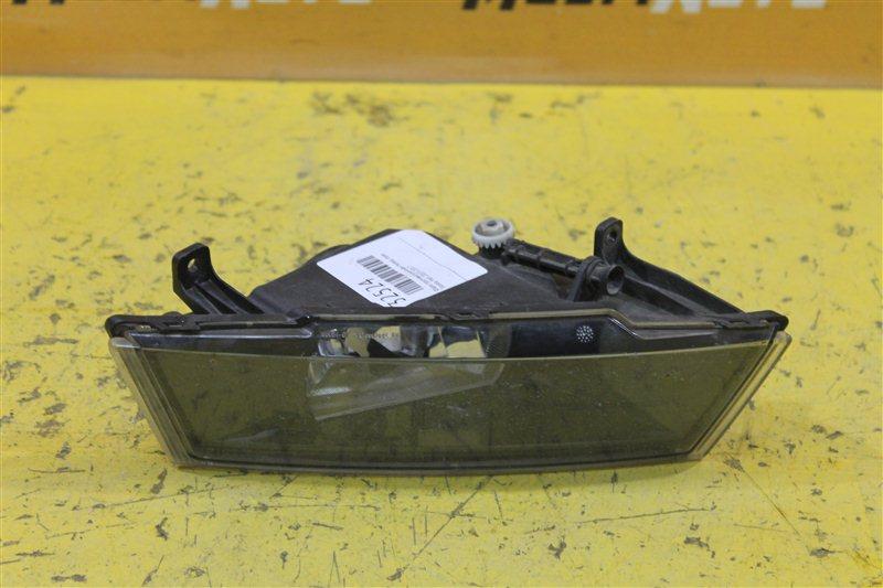 Фара противотуманная Skoda Yeti 2013 передняя правая