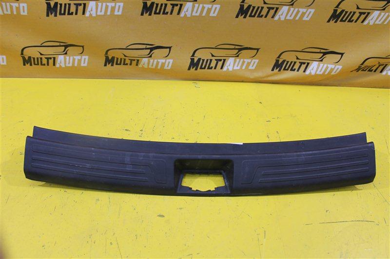 Накладка замка багажника Hyundai Ix35 1 2010 задняя