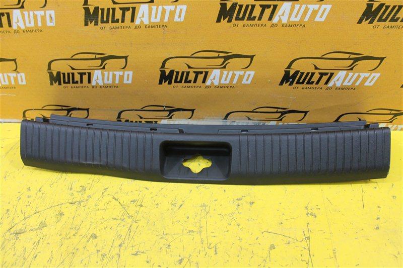Накладка замка багажника Kia Ceed 2 ХЭТЧБЕК 5D 2012 задняя