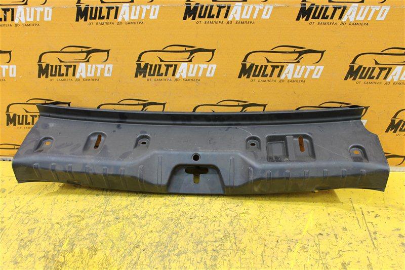 Накладка замка багажника Bmw 5 Series F10 2010 задняя